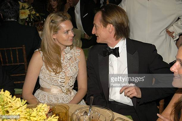 Lauren Dupont and Hamish Bowles attend The 2006 CFDA Fashion Awards at The New York Public Library on June 5 2006 in New York City
