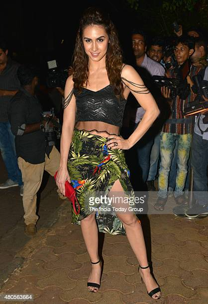 Lauren Gottlieb at the success bash hosted by Varun Dhawan and Shraddha Kapoor for their movie ABCD 2 in Mumbai