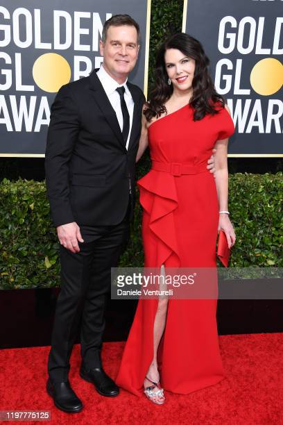 Lauren Graham and Peter Krause attend the 77th Annual Golden Globe Awards at The Beverly Hilton Hotel on January 05 2020 in Beverly Hills California