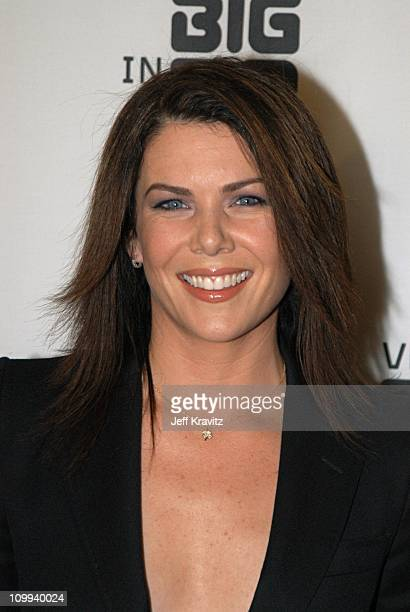 Lauren Graham during VH1 Big in 2002 Awards - Arrivals at Grand Olympic Auditorium in Los Angeles, CA, United States.