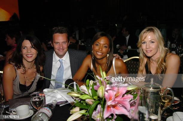 Lauren Graham Matthew Perry Aisha Tyler and Jennie Garth