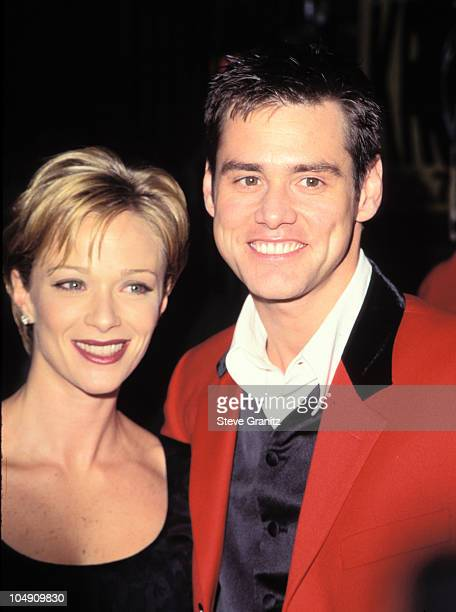 Lauren Holly Jim Carrey during Ace Ventura When Nature Calls Westwood Premiere at Mann Village Theatre in Westwood California United States