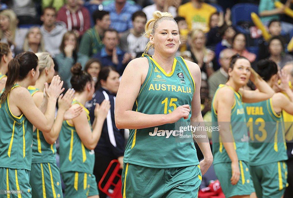 Australia v New Zealand - Women's FIBA Oceania Championship : News Photo
