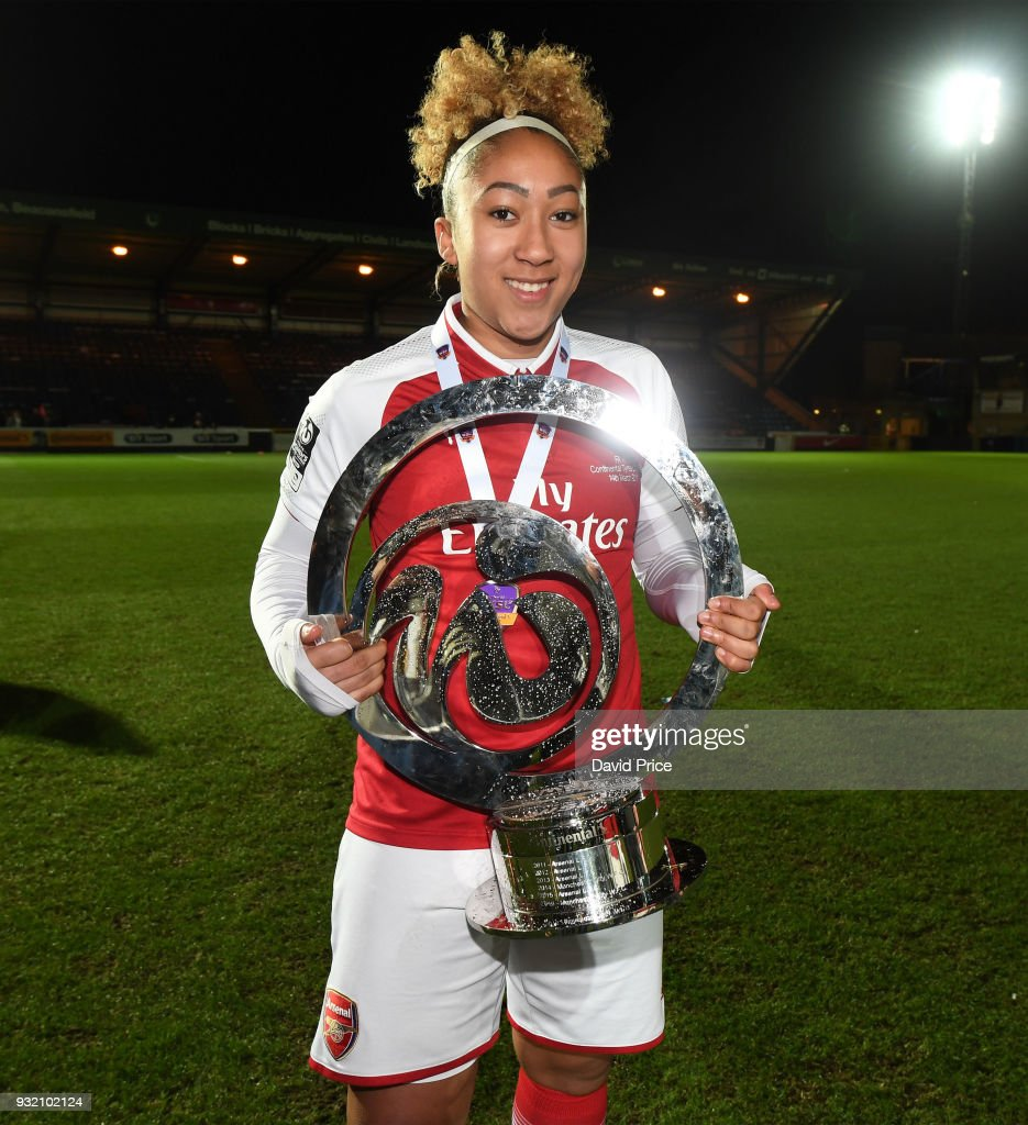 Arsenal Women v Manchester City Ladies: Continental Cup Final : ニュース写真
