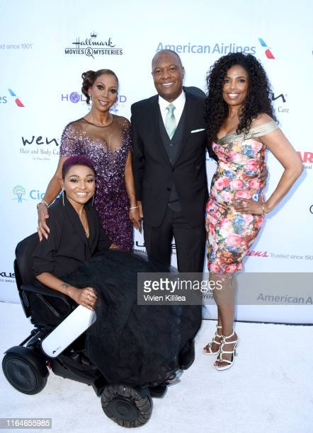 Lauren Lolo Spencer Holly Robinson Peete Rodney Peete and Areva Martin attend the HollyRod Foundation's 21st Annual DesignCare Gala on July 27 2019...