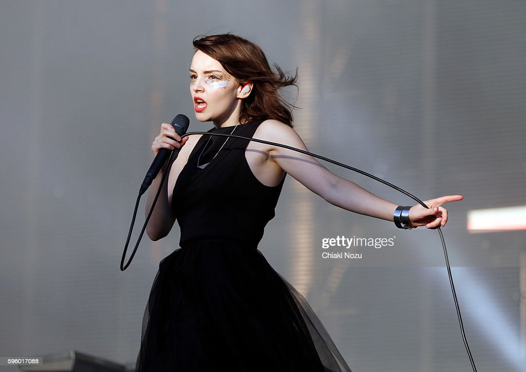 Lauren Mayberry of Chvrches performs on Day 1 of Reading Festival at Richfield Avenue on August 26, 2016 in Reading, England.