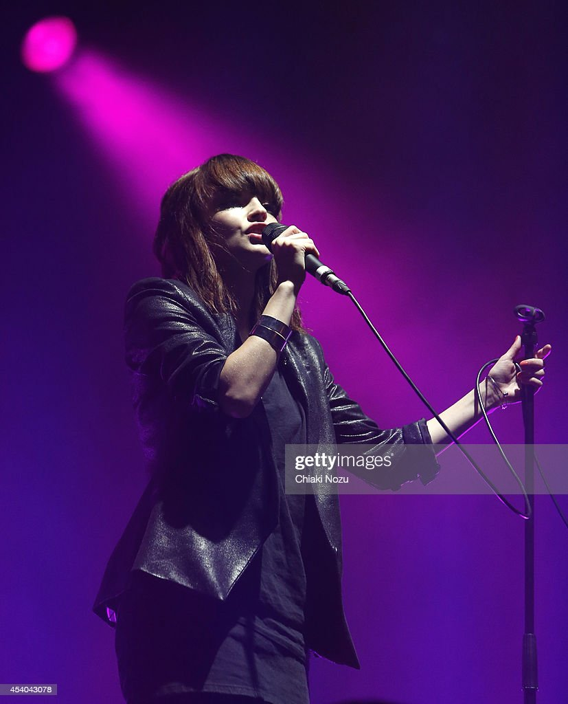 Lauren Mayberry of Chvrches performs on Day 2 of the Reading Festival at Richfield Avenue on August 23, 2014 in Reading, England.