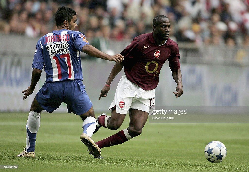 Arsenal v FC Porto : News Photo