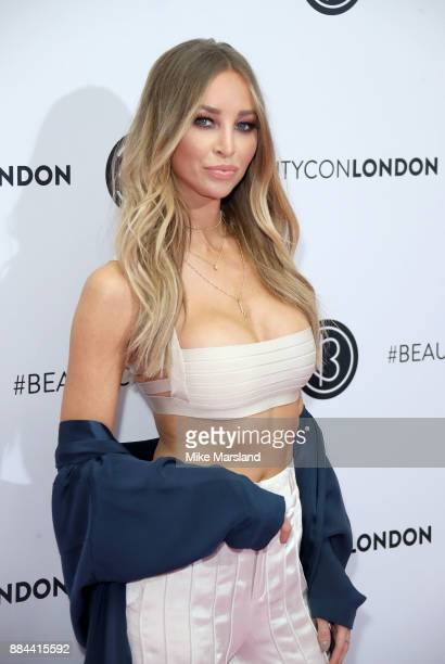 Lauren Pope attends Beautycon Festival 2017 at Olympia London on December 2 2017 in London England