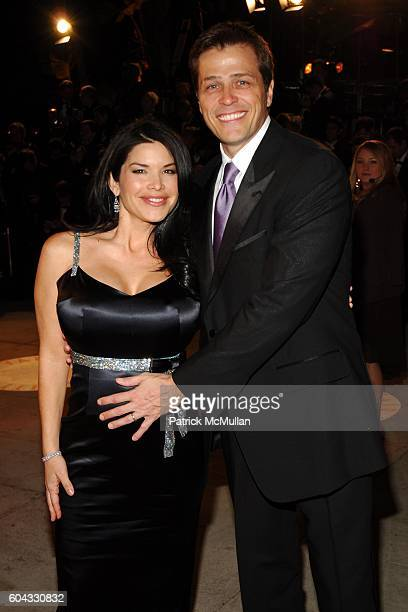 Lauren Sanchez and Patrick Whitesell attend Vanity Fair Oscar Party at Morton's Restaurant on March 5 2006
