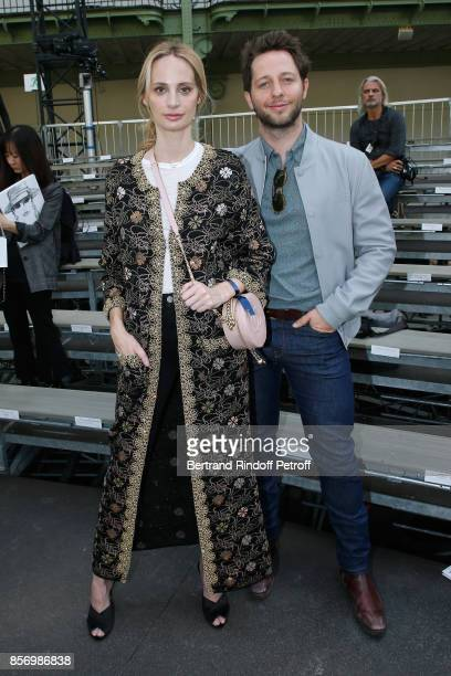 Lauren Santo Domingo and Derek Blasberg attend the Chanel show as part of the Paris Fashion Week Womenswear Spring/Summer 2018 on October 3 2017 in...