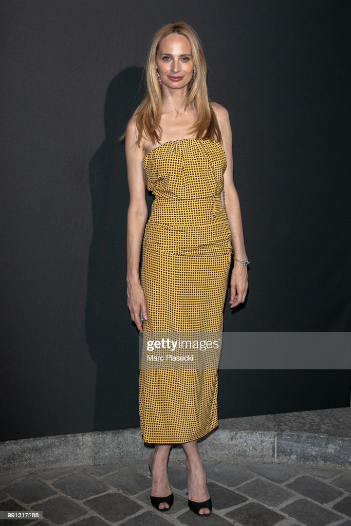 lauren-santo-domingo-attends-the-vogue-foundation-dinner-photocall-as-picture-id991317288