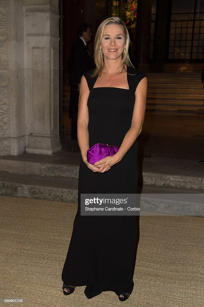 Laurence Ferrari arrives at a Ralph Lauren Collection Show and private dinner at Les Beaux-Arts de Paris on October 8, 2013 in Paris, France. On this occasion Ralph Lauren celebrates the restoration project and patron sponsorship of 'L'Ecole des Beaux-Arts'.