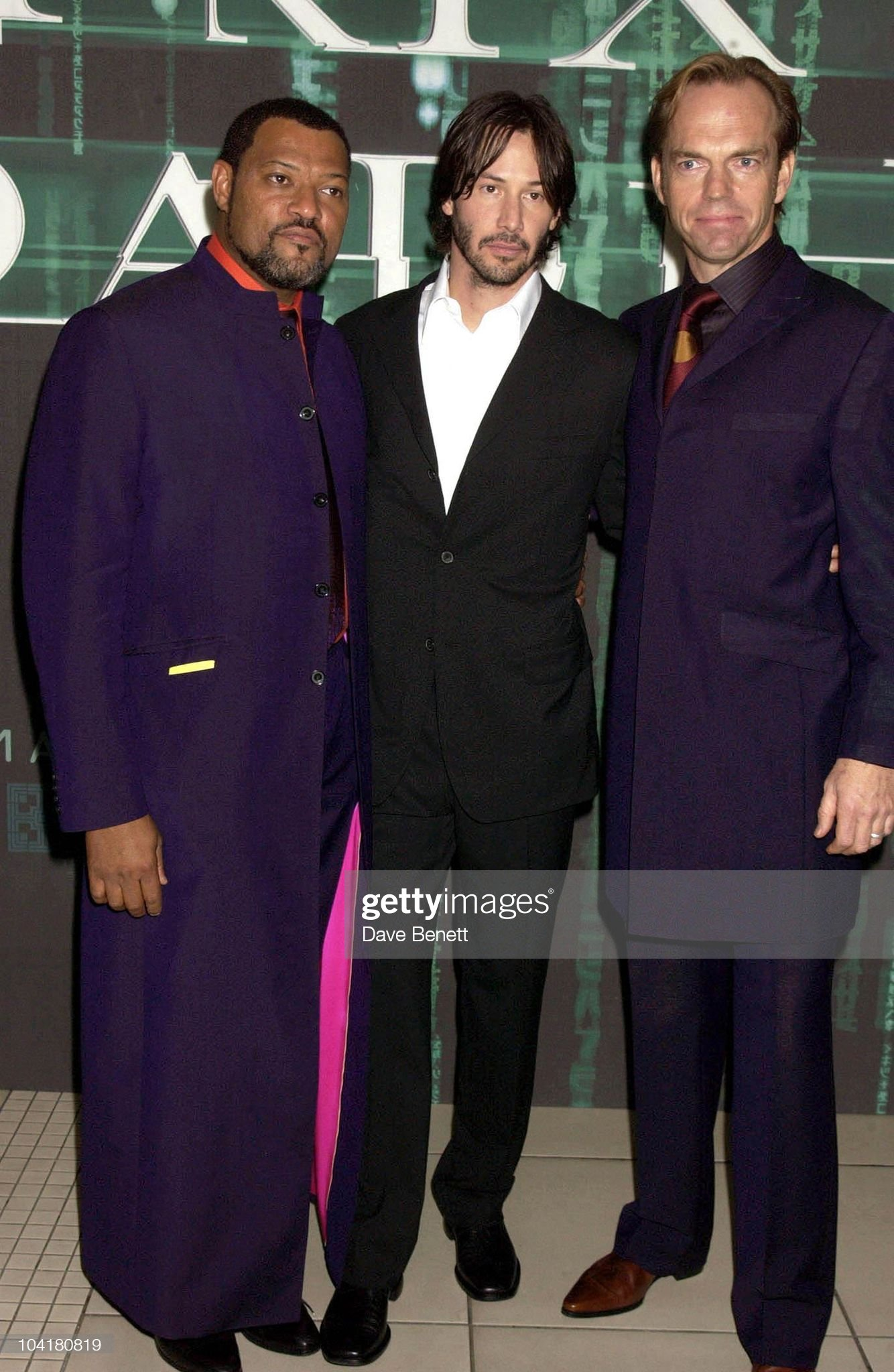 ¿Cuánto mide Laurence Fishburne? - Real height Laurence-fishburne-keanu-reeves-and-hugo-weaving-the-matrix-reloaded-picture-id104180819?s=2048x2048