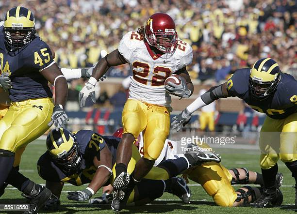 Laurence Maroney of the Minnesota Gophers carries the ball during the game against the Michigan Wolverines at Michigan Stadium on October 8 2005 in...