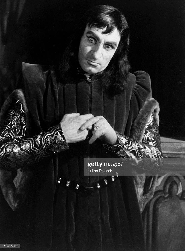 Laurence Olivier As Shakespeares Richard Iii News Photo