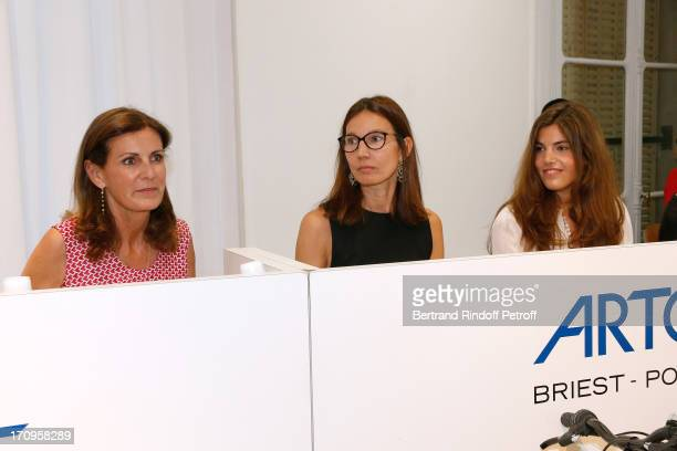 Laurence Poniatowski Ariane Poniatowski and her daughter Victoria Poniatowski attend 'Arty Bike' Auction to benefit Association des Tout P'tits at...