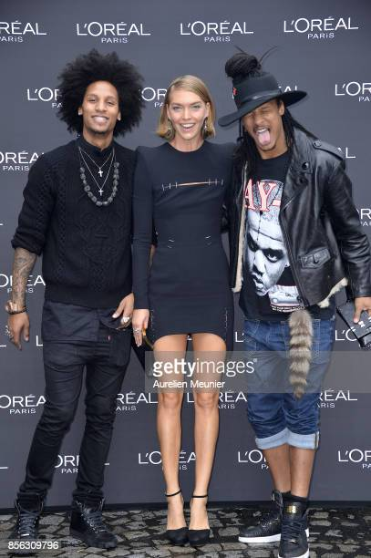 Laurent Bourgeois Arizona Muse and Larry Bourgeois attend Le Defile L'Oreal Paris as part of Paris Fashion Week Womenswear Spring/Summer 2018 at...