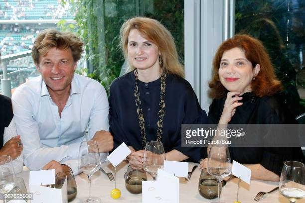 Laurent Delahousse Beatrice de Clermont Tonnerre and MarieHelene Bensadoun attend the 'France Television' Lunch during the 2018 French Open Day Ten...