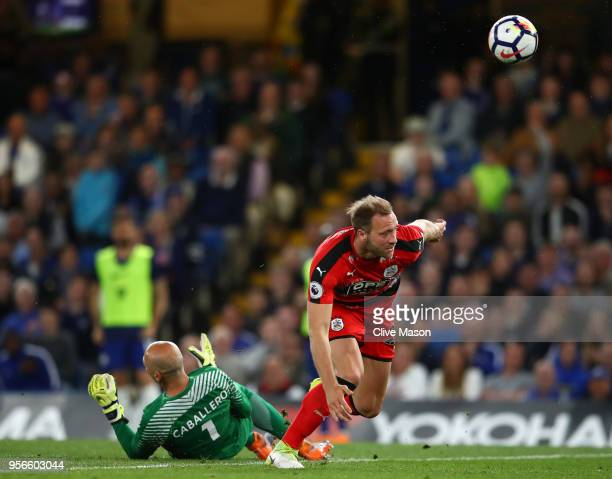 Laurent Depoitre of Huddersfield Town scores his sides first goal during the Premier League match between Chelsea and Huddersfield Town at Stamford...