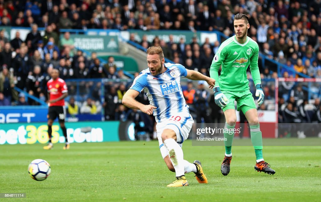 Laurent Depoitre of Huddersfield Town scores their second goal during the Premier League match between Huddersfield Town and Manchester United at John Smith's Stadium on October 21, 2017 in Huddersfield, England.