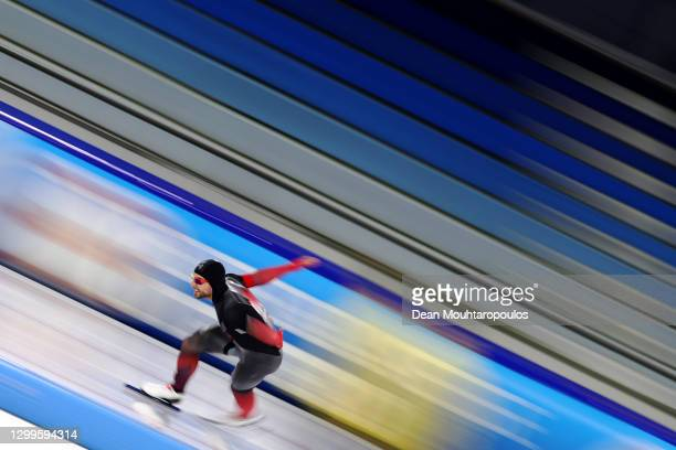 Laurent Dubreuil of Canada competes in the 500m Mens race during the ISU World Cup Speed Skating at Thialf Arena on January 31, 2021 in Heerenveen,...