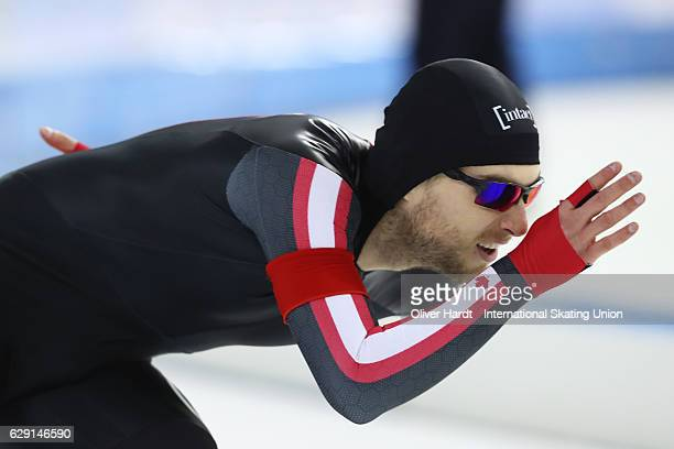 Laurent Dubreuil of Canada competes in the Men«s A Divison 1000m during ISU World Cup Speed Skating Day 3 on December 11 2016 in Heerenveen...