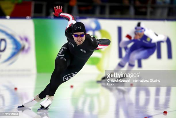 Laurent Dubreuil of Canada competes on Day Two during the ISU World Cup Speed Skating at the Thialf on November 11 2017 in Heerenveen Netherlands