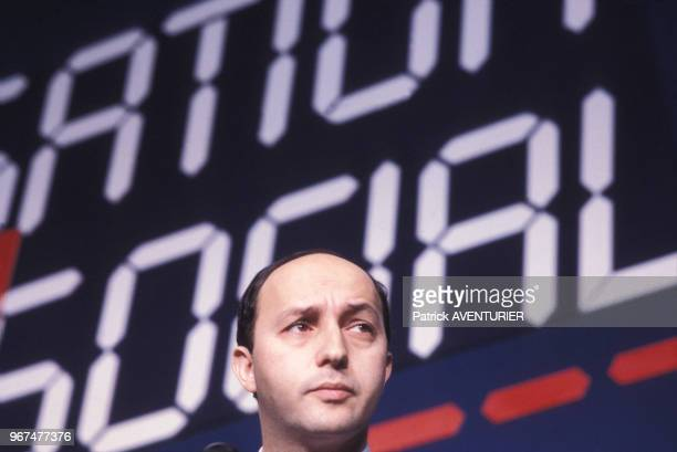 Laurent Fabius lors de la convention nationale du Parti Socialiste à Evry le 16 décembre 1984 France