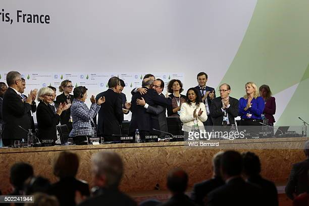 Laurent Fabius the french Minister of Foreigns affairs during the Cop21 the climate conference in Paris Le Bourget on December 12 2015 An agreement...