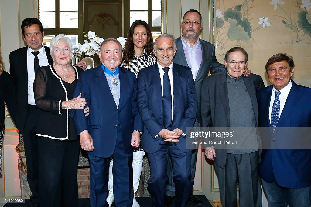 Laurent Gerra, Line Renaud who handed insignia to Levon, Levon Sayan, President of Cesar's Academy Alain Terzian, Jean Reno and his wife Zofia, Robert Hossein and Jean-Pierre Foucault attend Levon Sayan receives Insignia of 'Commandeur de l'Ordre National du Merite' at Hotel d'Evreux on June 14, 2016 in Paris, France.