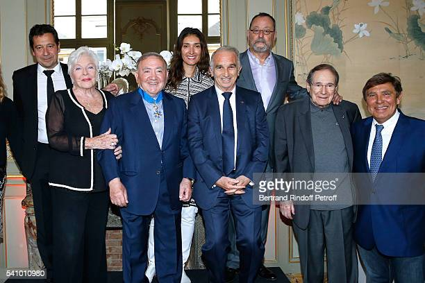 Laurent Gerra Line Renaud who handed insignia to Levon Levon Sayan President of Cesar's Academy Alain Terzian Jean Reno and his wife Zofia Robert...