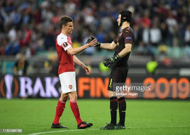 Laurent Koscielny of Arsenal and Petr Cech of Arsenal shake hands after the UEFA Europa League Final between Chelsea and Arsenal at Baku Olimpiya...