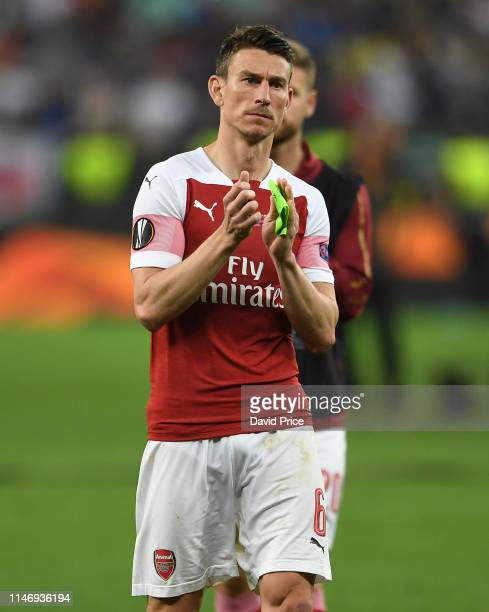 Laurent Koscielny of Arsenal claps the fans after the UEFA Europa League Final between Chelsea and Arsenal at Baku Olimpiya Stadionu on May 29, 2019...