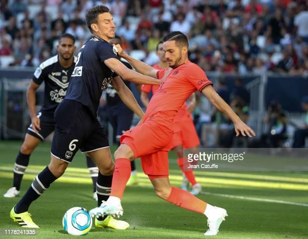 Laurent Koscielny of Bordeaux, Pablo Sarabia of PSG during the Ligue 1 match between FC Girondins de Bordeaux and Paris Saint-Germain at Stade Matmut...