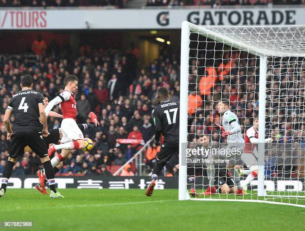 Laurent Koscielny scores the 3rd Arsenal goal during the Premier League match between Arsenal and Crystal Palace at Emirates Stadium on January 20...