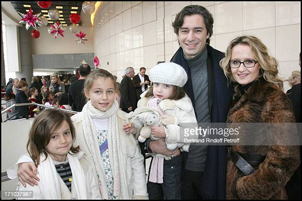 Laurent Solly and wife with their children at The Reve D'Enfants 2009 Matinee Performance Of CasseNoisette Ballet at The Opera In Paris