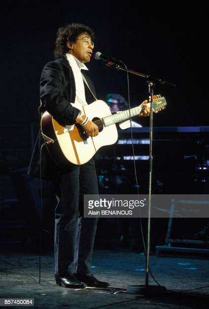 Laurent Voulzy en concert au Casino de Paris le 25 mars 1993 a Paris France