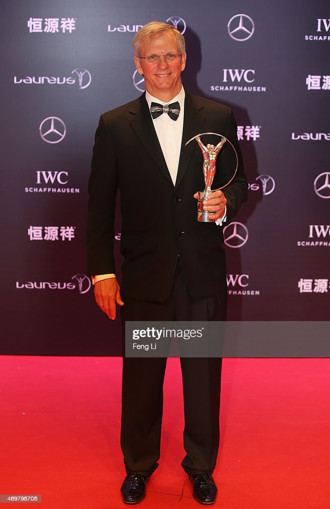 Laureus World Action Sportsperson of the Year 2015 winner and Skydiver Alan Eustace of USA poses with his award at the winners photocall during the 2015 Laureus World Sports Awards at the Shanghai Grand Theatre on April 15, 2015 in Shanghai, China.