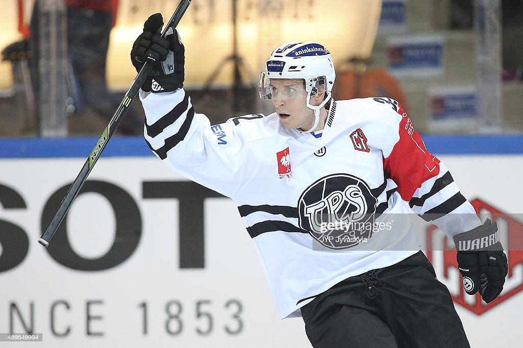 JYP Jyvaskyla v TPS Turku  - Champions Hockey League Round Of 32 : News Photo