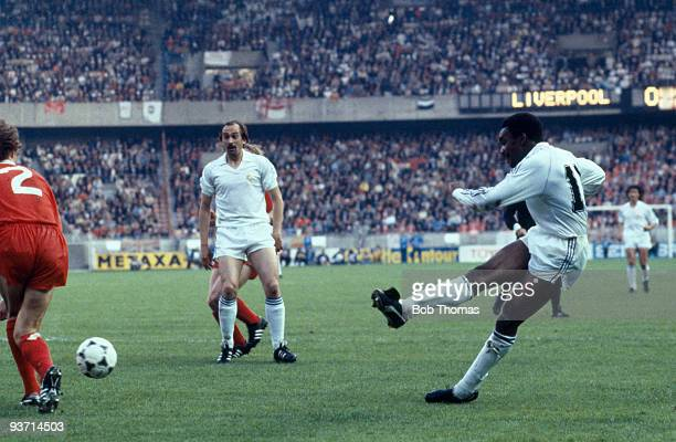 Laurie Cunningham of Real Madrid taking a shot at the Liverpool goal during the Liverpool v Real Madrid European Cup Final held at the Parc des...