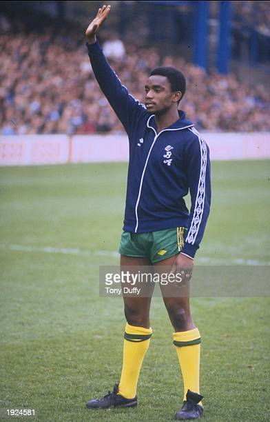 Laurie Cunningham of West Bromwich Albion salutes the crowd before a match Mandatory Credit Tony Duffy/Allsport