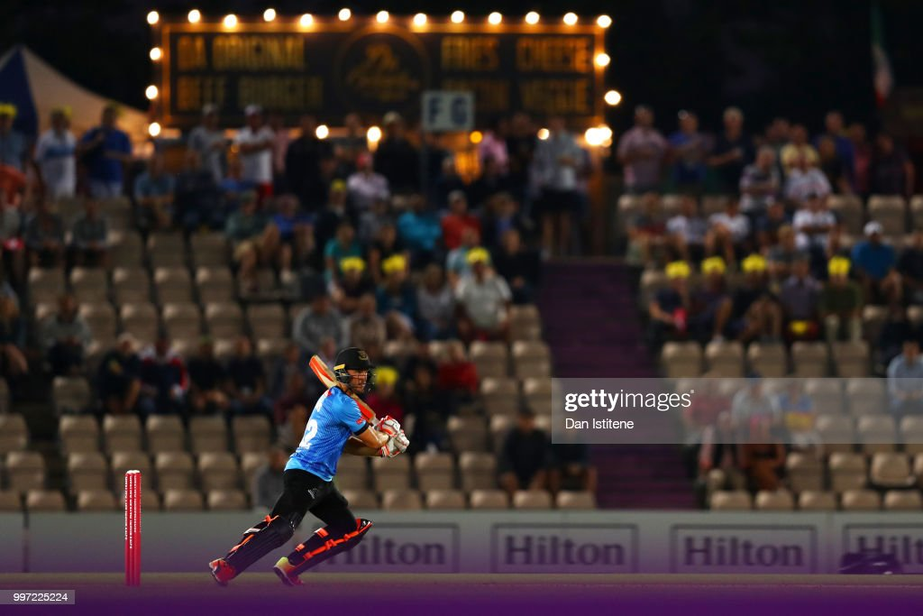 Laurie Evans of Sussex Sharks bats during the Vitality Blast match between Hampshire and Sussex Sharks at The Ageas Bowl on July 12, 2018 in Southampton, England.