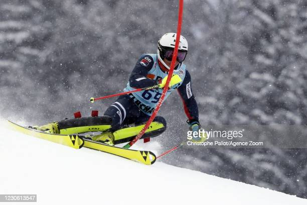 Laurie Taylor of Great Britain in action during the Audi FIS Alpine Ski World Cup Men's Slalom in January 16, 2021 in Flachau Austria.