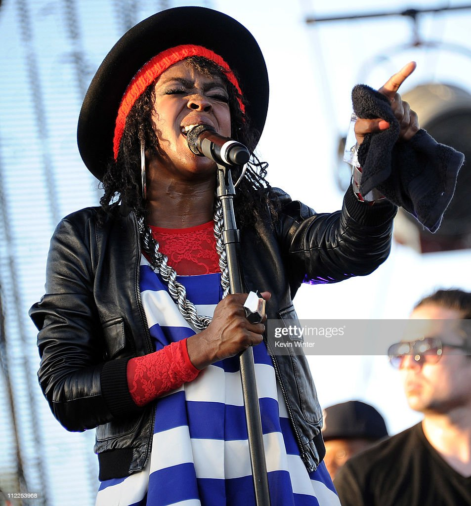 Lauryn Hill performs during Day 1 of the Coachella Valley Music & Arts Festival 2011 held at the Empire Polo Club on April 15, 2011 in Indio, California.