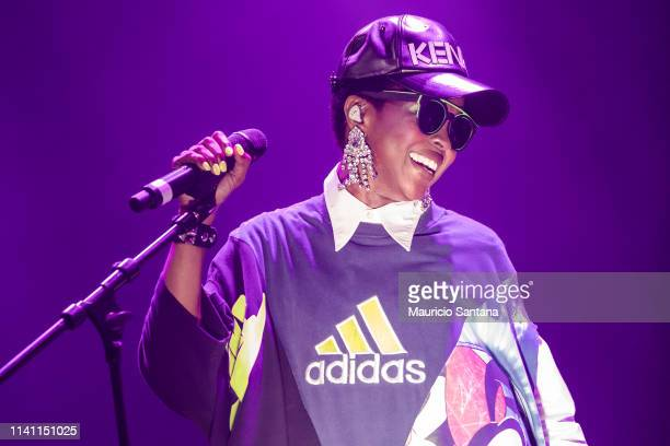 Lauryn Hill performs live onstage at Espaco das Americas on May 3 2019 in Sao Paulo Brazil