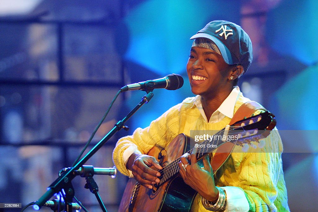 Lauryn Hill rehearses for 'MTV Unplugged' at the MTV Studios in New York City, 7/21/01. Photo by Scott Gries/ImageDirect.