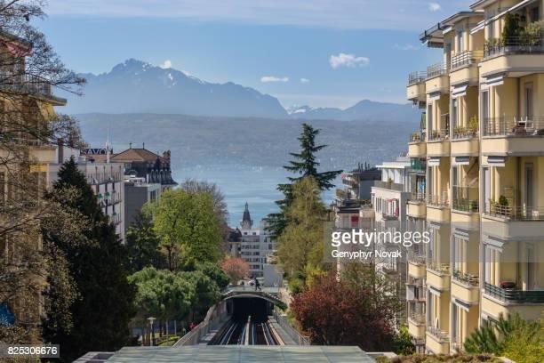 lausanne view towards lake geneva over metro - meer van genève stockfoto's en -beelden