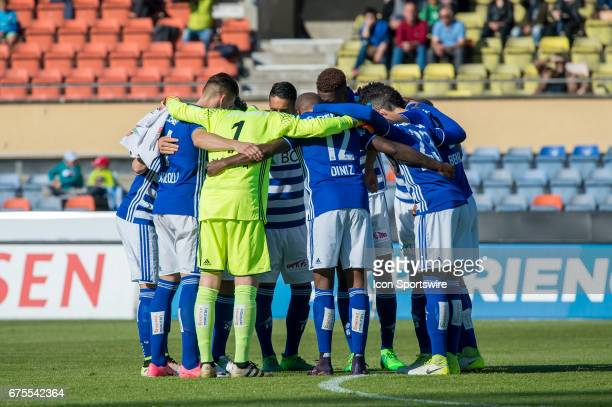LausanneSport team at the circle during the Swiss Super League match between FC LausanneSport and FC Vaduz at Stade Olympique de la Pontaise in...