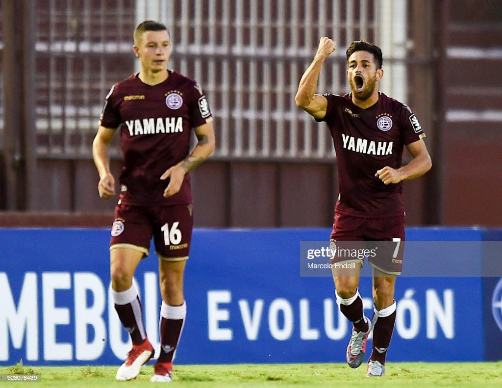 Lanus v Sporting Cristal - Copa CONMEBOL Sudamericana 2018 : Fotografía de noticias